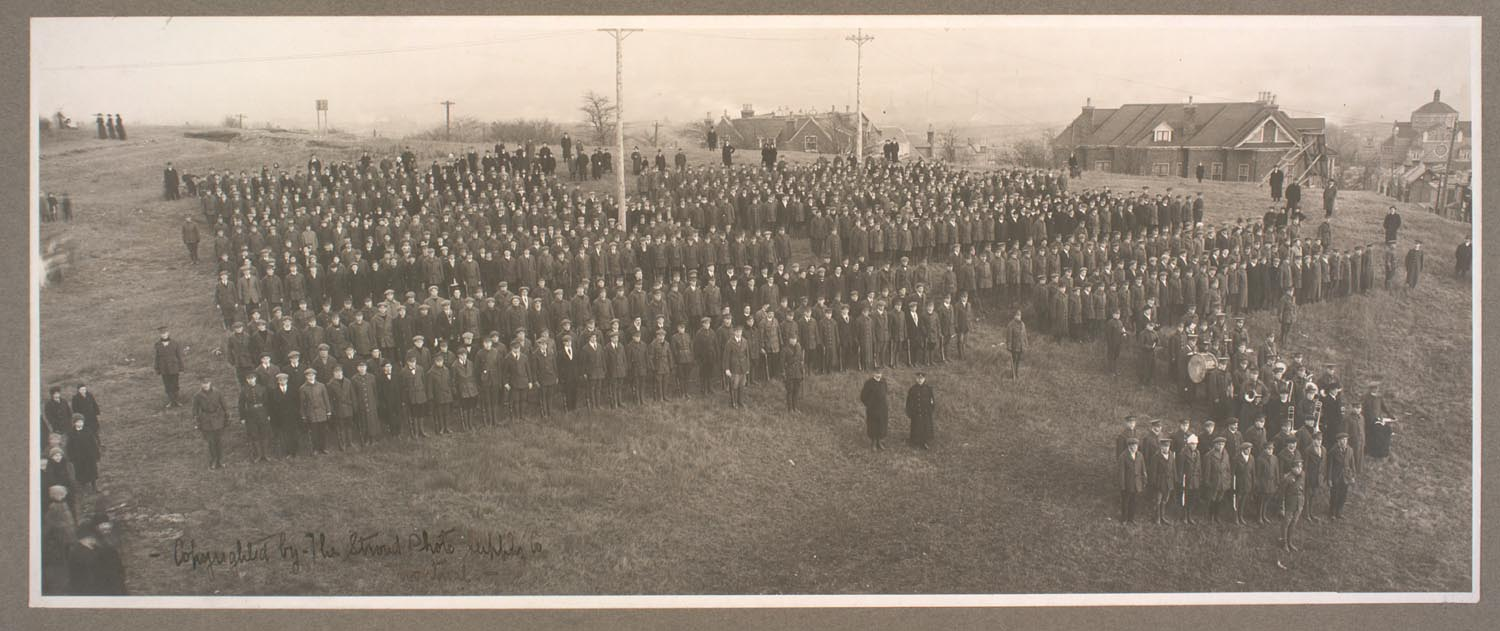 Canadian Officers' Training Corps, McGill Contingent. McGill University Archives, PL0064041