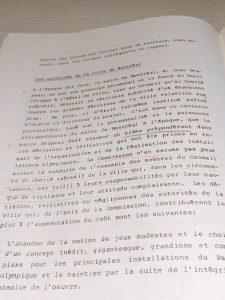 pages de l'exemplaire annoté de Jean Drapeau du Rapport de la Commission d'enquête sur le coût de la 21e olympiade déposé en 1980