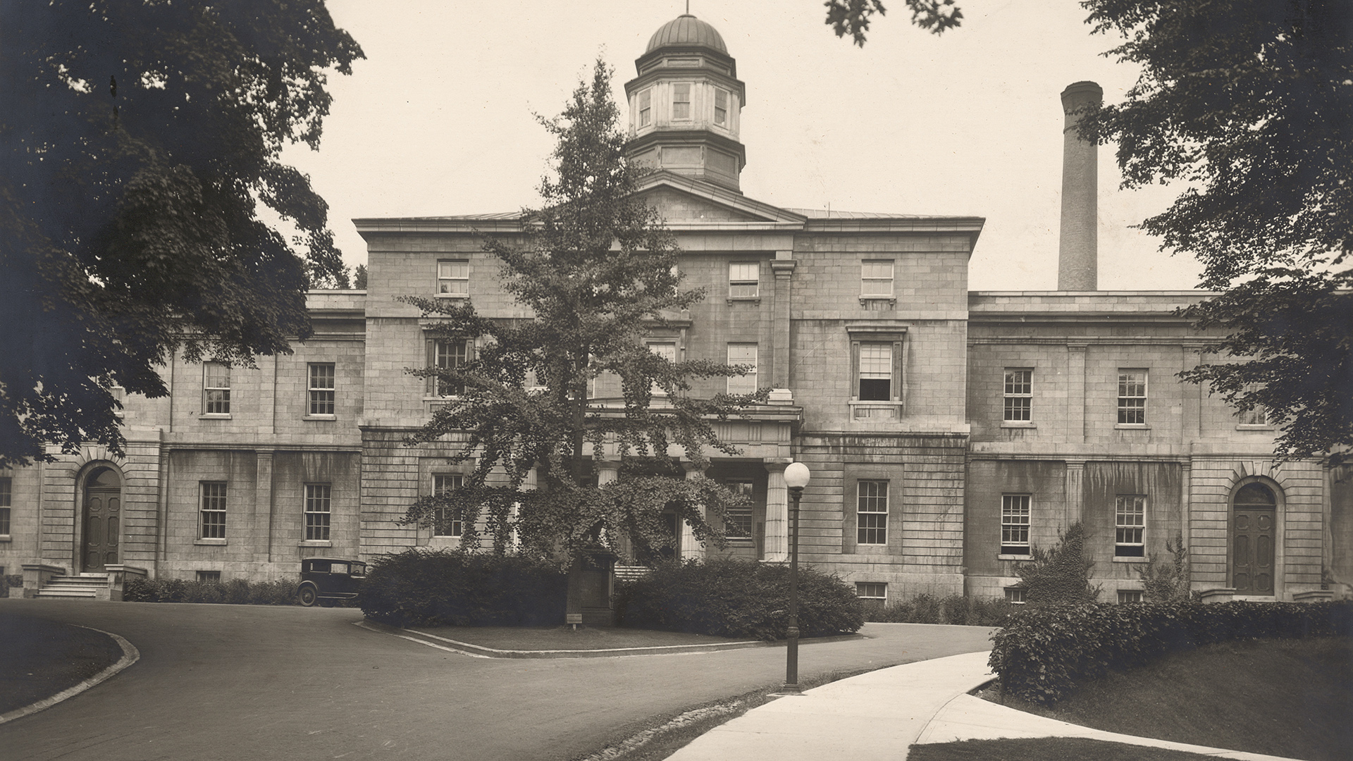 McGill Arts Building. Creator Unknown, date unknown. Black and white print. McGill University Archives, PA005550